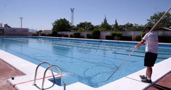Ayer se abri al p blico la piscina p blica municipal de for Piscina municipal albacete