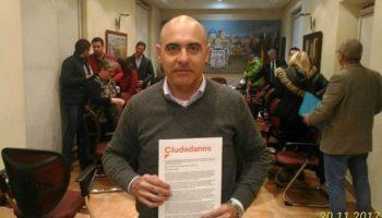 El Pleno aprueba la moción de Ciudadanos para que el Ayuntamiento de Caudete reclame a Fomento la mejora del proyecto de la Autovía A-33
