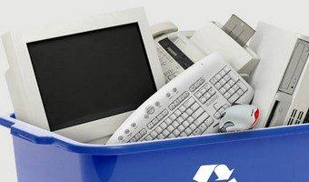 La Party recogerá material informático usado con destino al Colegio El Paseo de Caudete