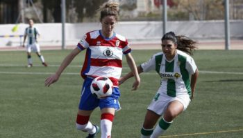 La caudetana Laura Requena 'Lauri' ha renovado con el Granada CF por dos temporadas más