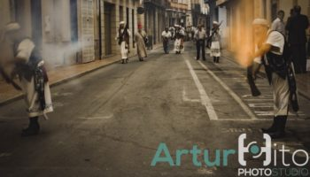 Galería Fotográfica dedicada a la tradición de la pólvora en Caudete realizada por Artur Hito Photostudio