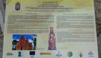Renovados dos atriles con información del Camino de Santiago
