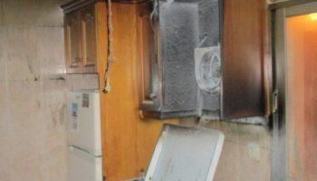 Dos guardias civiles sofocan el incendio en la vivienda de unos ancianos de Caudete
