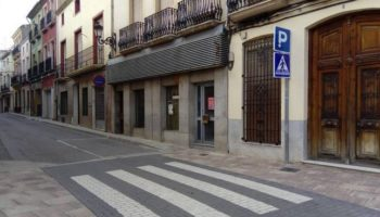 Se han habilitado 2 plazas de carga y descarga en la Plaza del Carmen, y se ha eliminado el aparcamiento del inicio de la calle Mayor