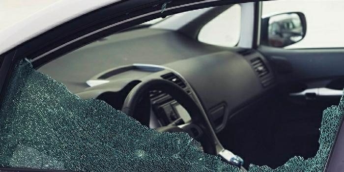 Se recomienda precaución con los vehículos aparcados tras varios casos de rotura de ventanillas para sustraer objetos de su interior, Caudete Digital - Noticias y actualidad de Caudete (Albacete)
