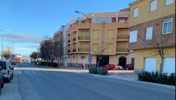 El PSOE pide al Equipo de Gobierno que regule con semáforos el cruce de la Avenida de Villena con la calle La Zafra