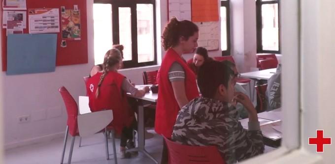 Cruz Roja Juventud desarrolla su programa de refuerzo escolar para niños de familias desfavorecidas, Caudete Digital - Noticias y actualidad de Caudete (Albacete)