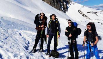Varios miembros del Centro Excursionista Caudete ascienden al pico Midi d'Ossau (2.884 m.), situado en los Pirineos Atlánticos