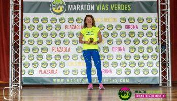 Natacha López ganó el Maratón Vías Verdes de Girona en un nuevo reto para recaudar fondos por la investigación contra el cáncer