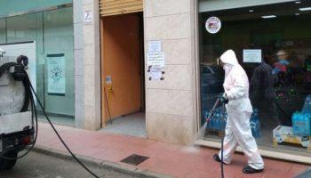 El Ayuntamiento de Caudete informa sobre los servicios especiales de limpieza y desinfección realizados por la empresa FOBESA