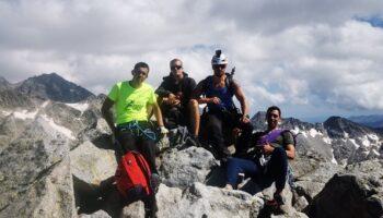 Miembros del Centro Excursionista Caudete realizaron varias actividades en Los Pirineos el pasado fin de semana