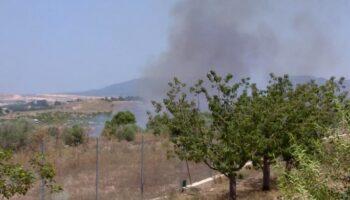 Declarado un incendio en Caudete junto a las obras de la autovía