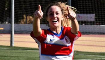 Entrevista a la caudetana Laura Requena 'Lauri', delantera y capitana del Granada CF Femenino