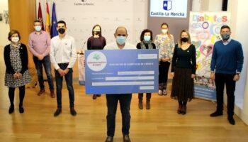 La Asociación de Personas Diabéticas de Caudete ha donado 4.000 euros a la Fundación DiabetesCERO