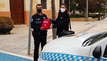 La Policía Local de Caudete cuenta desde ahora con un desfibrilador externo
