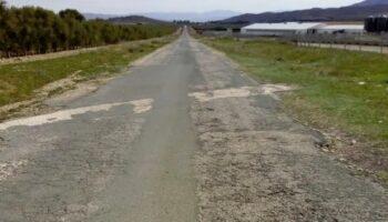 El alcalde de Caudete ha solicitado a la Diputación el arreglo de la carretera de Montealegre