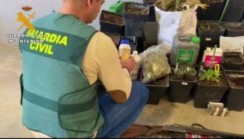 Dos detenidos en Caudete por tráfico de drogas y tenencia ilícita de armas