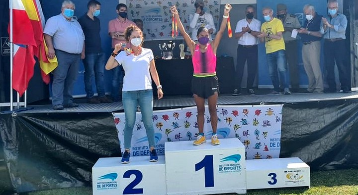 Natacha López se ha clasificado en Santander Subcampeona de España de 50 Kms. en Máster 40