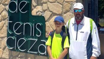 El tenista caudetano Adrián Cantos sigue con excelentes resultados en sus competiciones
