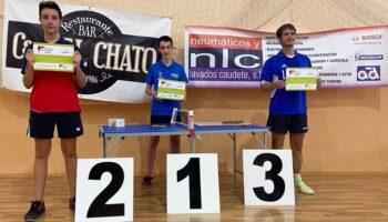 Juan Manuel Bordallo ganó el IV Torneo de Tenis de Mesa Caudete 2021