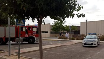 Un cortocircuito causa un pequeño incendio en el Centro de Salud de Caudete
