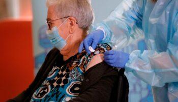 El próximo lunes, 25 de octubre, comenzará la administración de la tercera dosis de la vacuna contra el Covid-19 en Castilla La Mancha